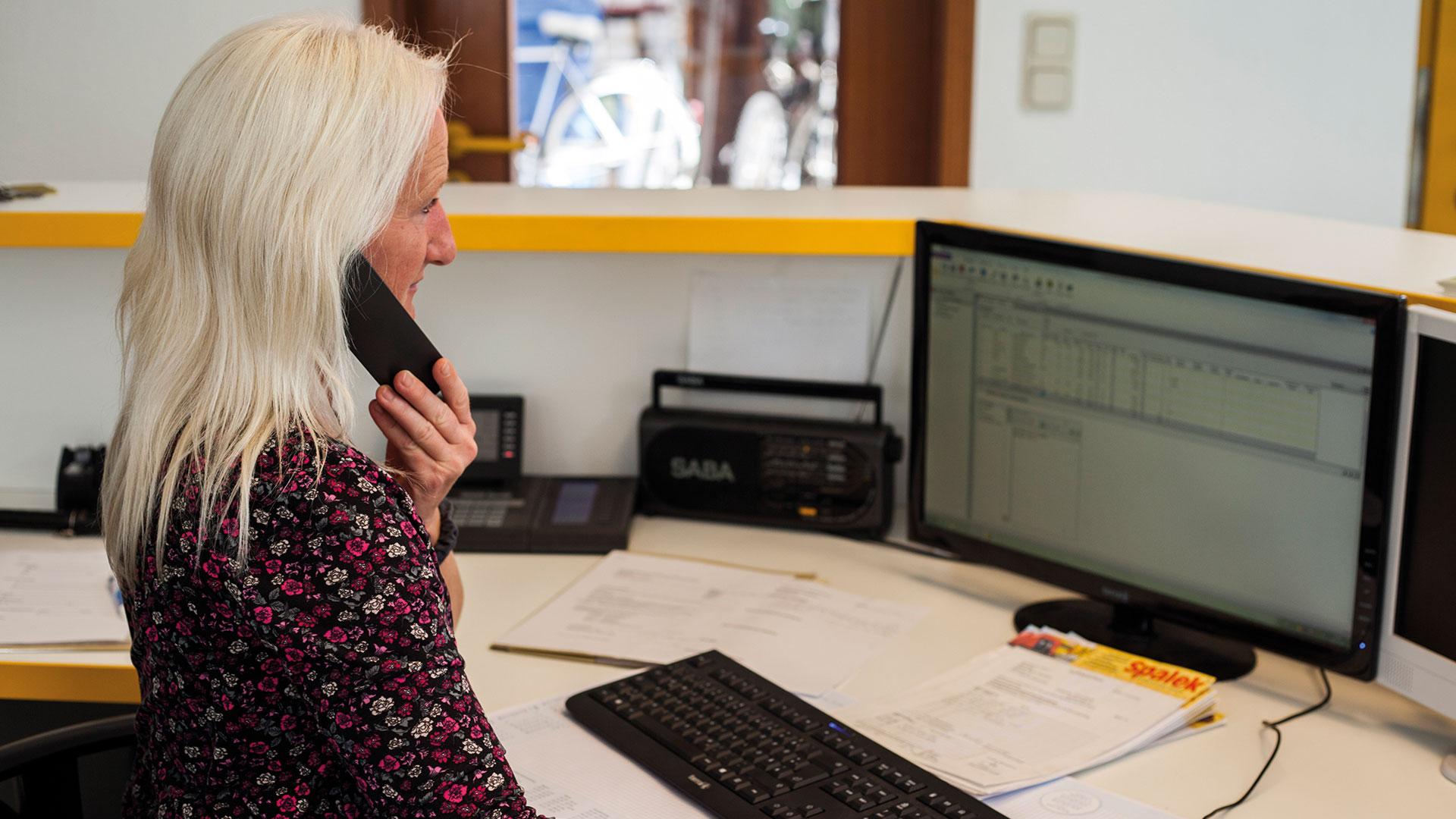 Unser Kontakt ist jederzeit für Sie erreichbar! | Dachdeckerei Spalek OHZ