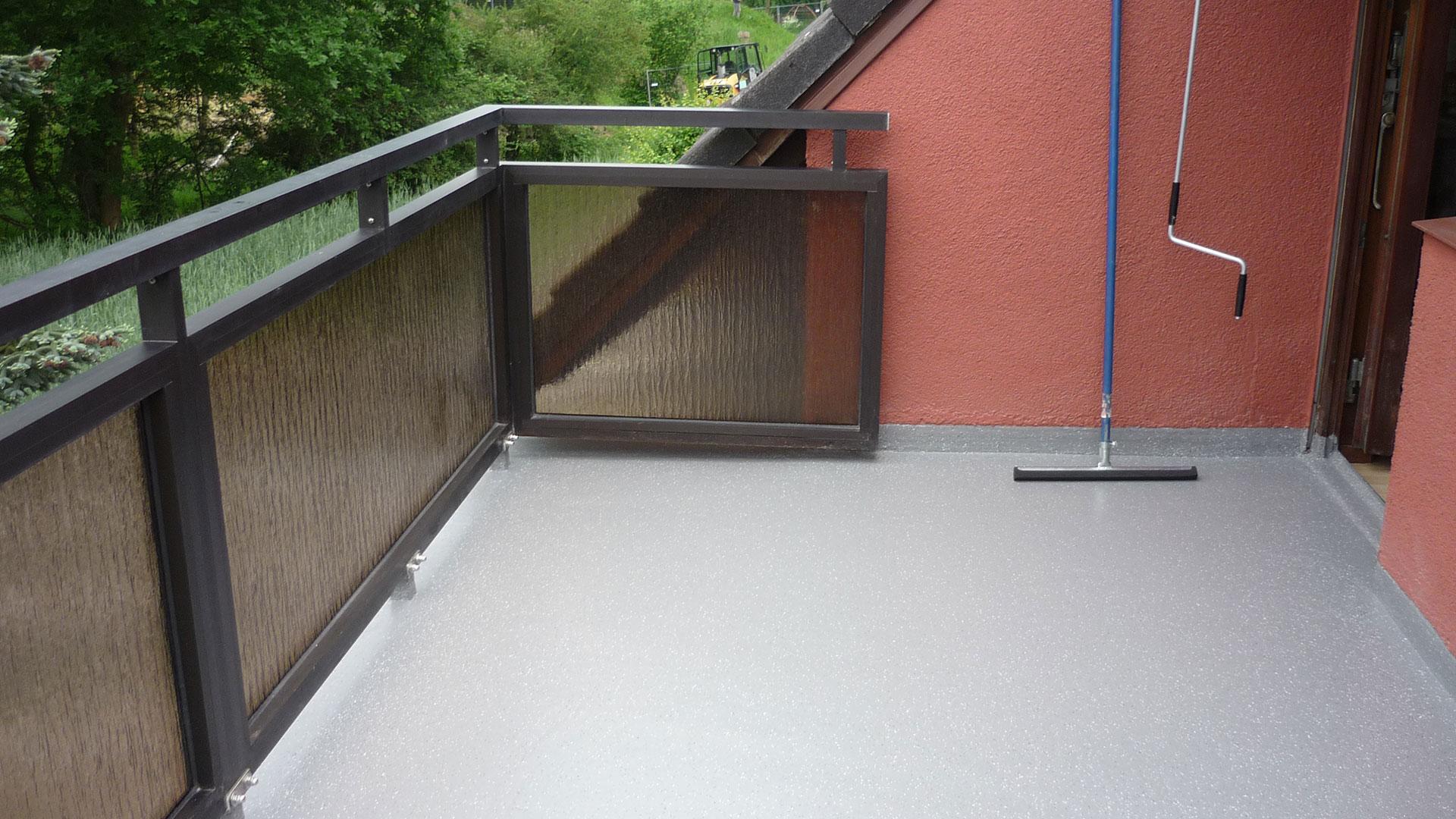 Sanierter Balkon in Osterholz 1920x1080px | Dachdeckerei Spalek OHZ