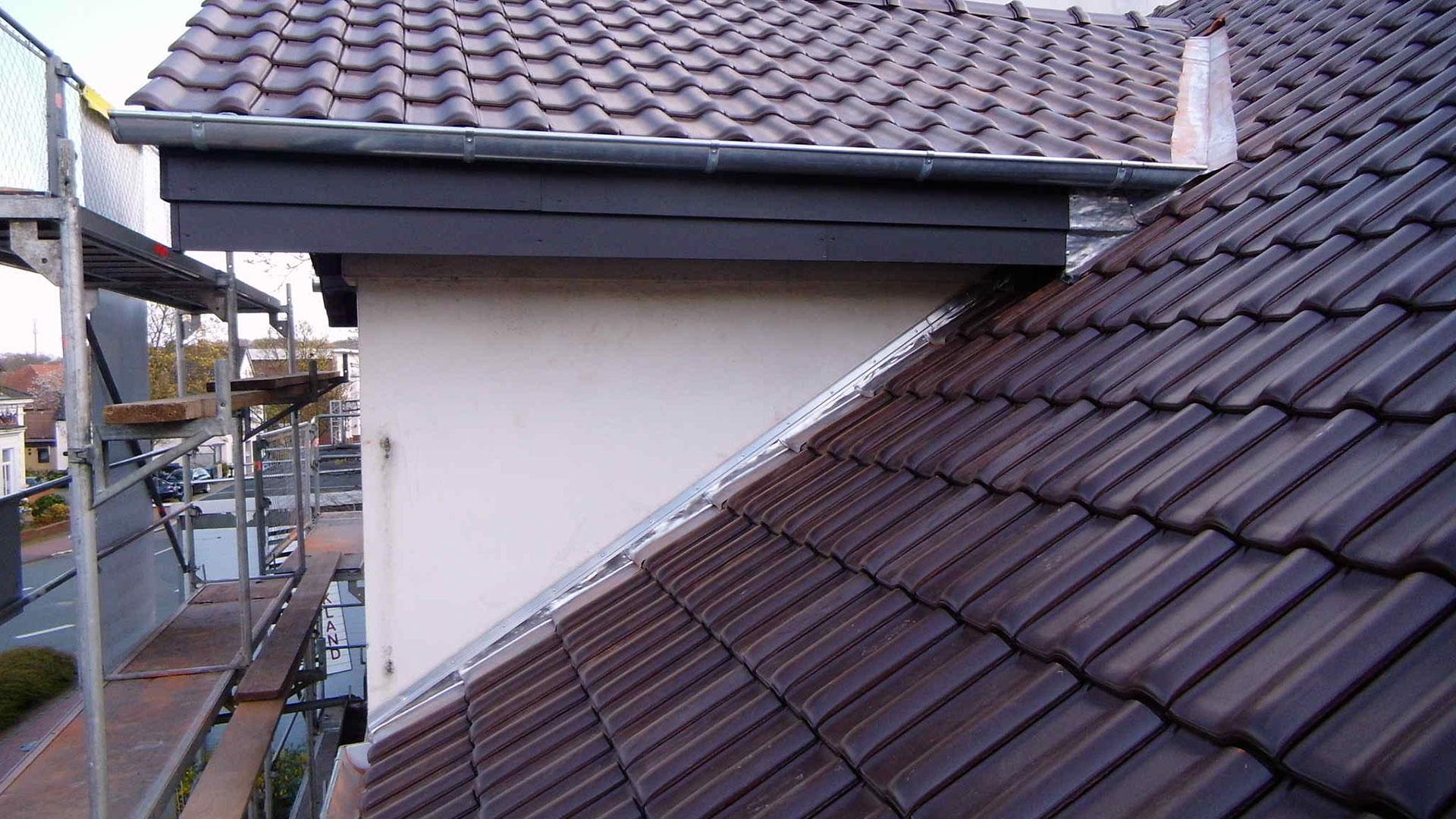 Frisch gedecktes Dach 1920x1080px | Dachdeckerei Spalek OHZ