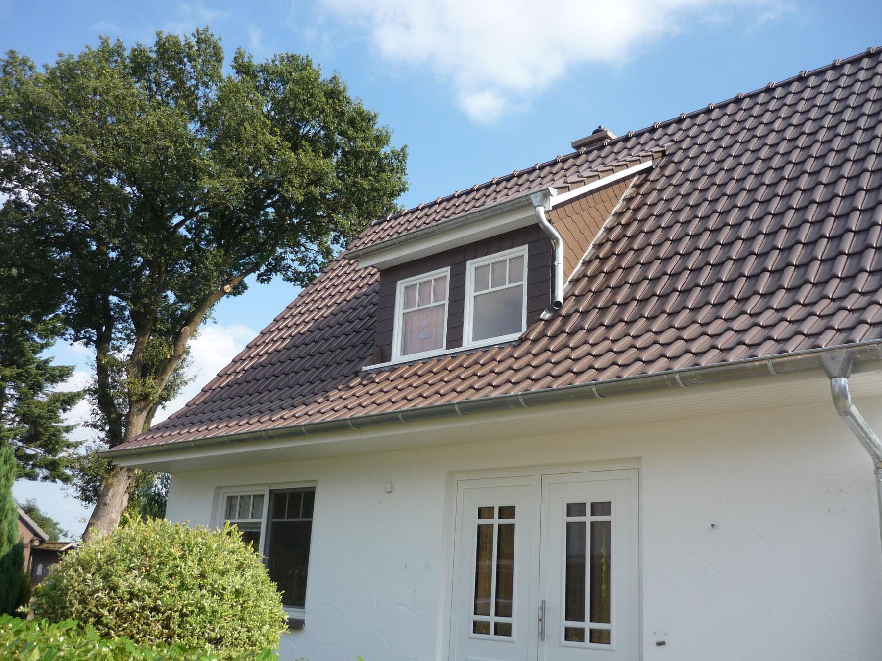 Einfamilienhaus mit neuem Dach | Dachdeckerei Spalek OHZ